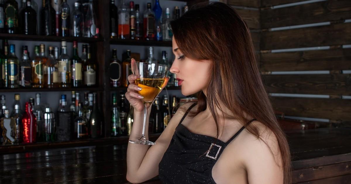 Les 5 meilleures manières d'emballer une fille dans un bar